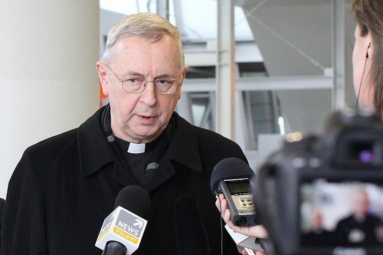 (Polski) Abp Gądecki: coraz większe potrzeby duchowe człowieka może zaspokoić jedynie wiara religijna
