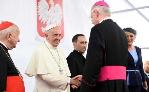 Papież Franciszek dziękuje Kościołowi w Polsce za serdeczne przyjęcie