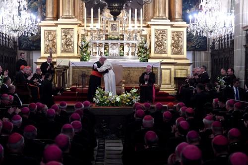 Abp Gądecki: papież Franciszek rozmawiał z nami jak ojciec z dziećmi