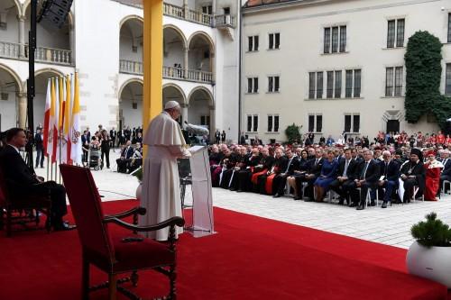 Przemówienie Ojca Świętego Franciszka do władz oraz korpusu dyplomatycznego