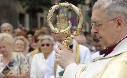 Abp Gądecki: Chcemy kontemplować tajemnicę triumfu Maryi nad śmiercią (Archiwum)