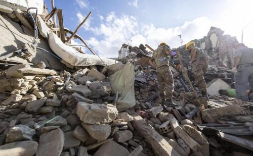 Kondolencje przewodniczącego episkopatu po trzęsieniu ziemi we Włoszech