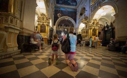 Nadzieja – drugi dzień przygotowań do Zawierzenia Polskich Parafii Matce Bożej