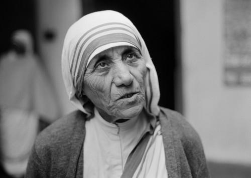 Homilia: Na służbie miłości. Jubileusz wolontariatu i dziękczynienie za kanonizację Matki Teresy z Kalkuty (Katedra Poznańska – 13.10.2016)