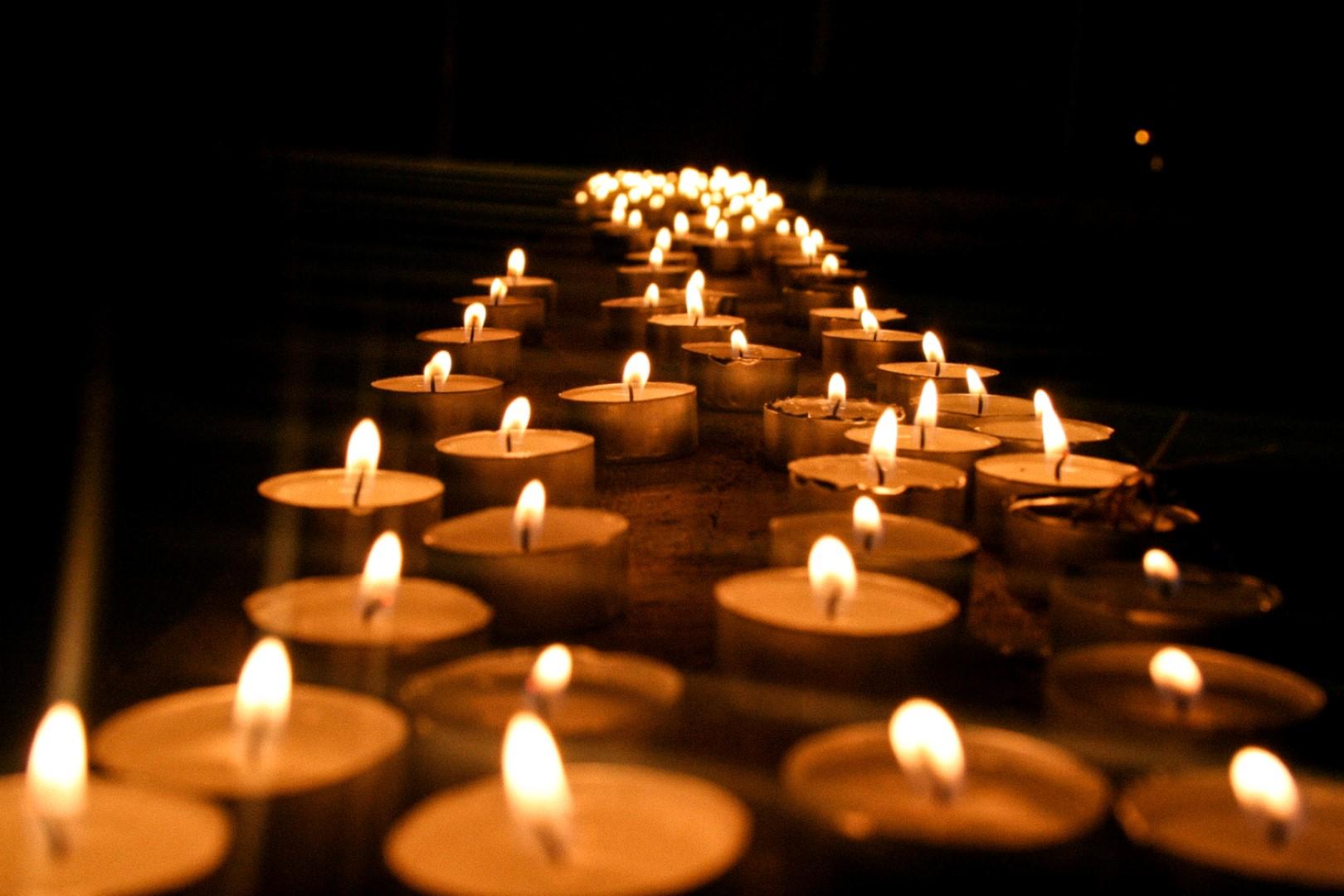Znalezione obrazy dla zapytania modlitwy-na-uroczystosc-wszystkich-swietych-i-dzien-zaduszny