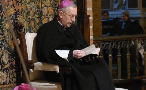 Przewodniczący Episkopatu: nośmy przy sobie Pismo Święte