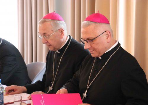 (Polski) Komunikat z posiedzenia Rady Stałej Konferencji Episkopatu Polski