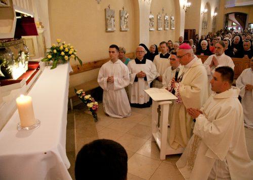 Sekretarz Generalny Episkopatu: Świętość jest dla każdego z nas