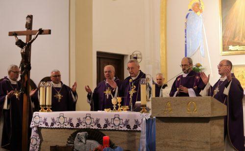 Przewodniczący Episkopatu: dziękujemy pracownikom KAI za uwrażliwianie ludzi na zagrożenia dla pokoju