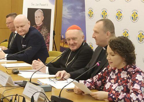 """""""Wstańcie, chodźmy!"""" to hasło Dnia Papieskiego obchodzonego 13 października 2019 r."""