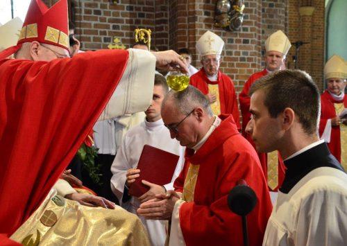 Homilia: Pasterz i Stróż dusz waszych. Sakra biskupa Szymona Stułkowskiego (Katedra Poznańska – 9.06.2019)