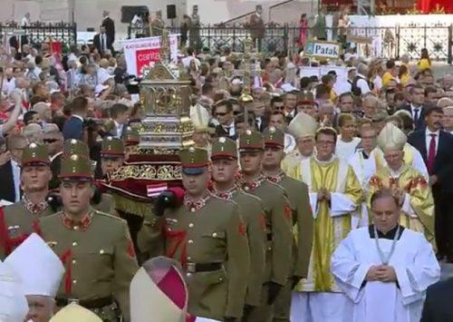 Homilia: Chrystianizacja wczoraj i dziś. Uroczystości św. Stefana (Budapest, Katedra św. Stefana – 20.08.2019)