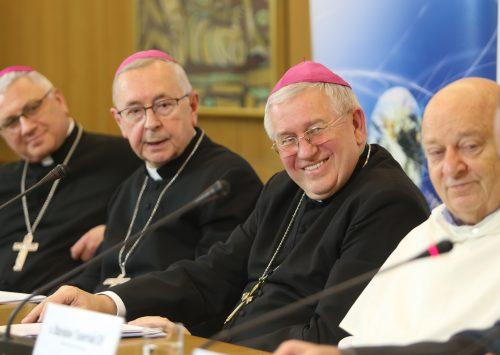 Przewodniczący Episkopatu: adhortacja posynodalna to próba połączenia dawnych mądrości z techniczną wiedzą współczesną