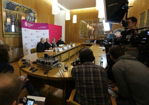 Abp Polak: Podejmujemy systemową pomoc osobom zranionym w Kościele