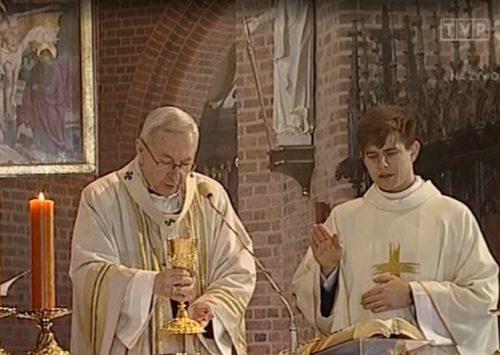 Homilia: Posłał mnie, aby pocieszać zasmuconych. Msza Święta Krzyżma. Wielki Czwartek (Katedra Poznańska – 9.04.20209; TVP3)