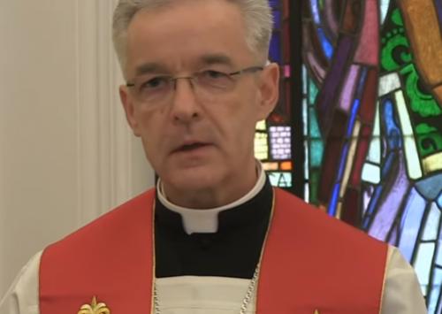 Bp Lechowicz odprawił Drogę Krzyżową w intencji Polonii i Polaków za granicą