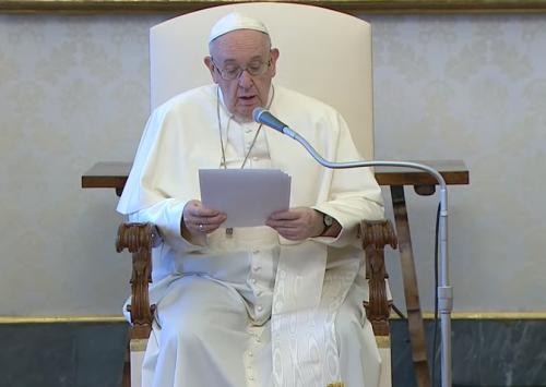"""Papież do Polaków: módlmy się słowami świętego Jana Pawła II """"Niech zstąpi Duch Twój i odnowi oblicze ziemi! Tej ziemi!"""""""