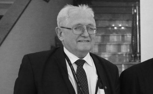 Przewodniczący Episkopatu: Redaktor Karnacewicz był ikoną polskiego dziennikarstwa prasowego