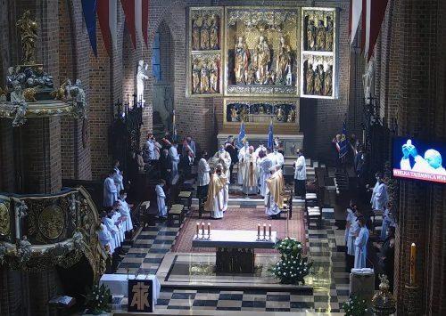 Abp Gądecki: Kościół potrzebuje silnego i dojrzałego laikatu