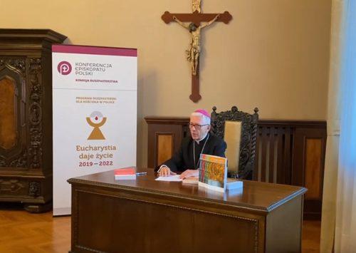 Abp Skworc na nowy rok duszpasterski: udział w Eucharystii nas przemienia